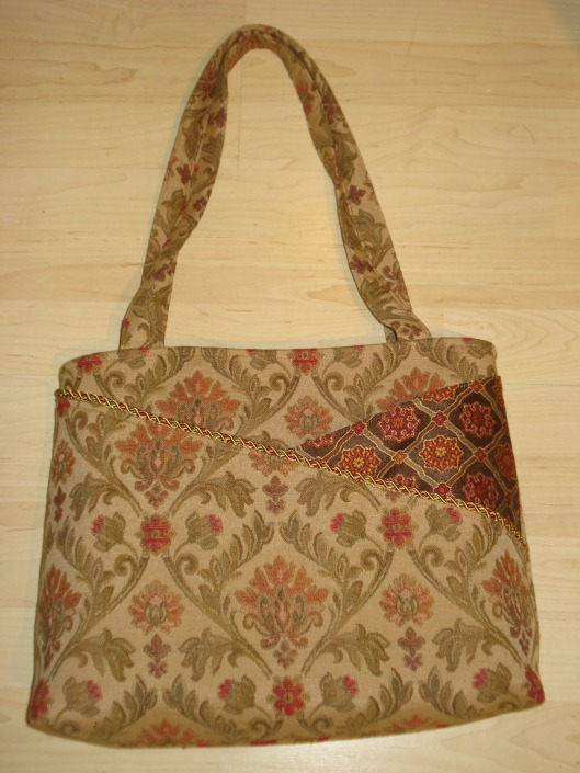 My new purse from Thistleberry, created by Crickside Creations