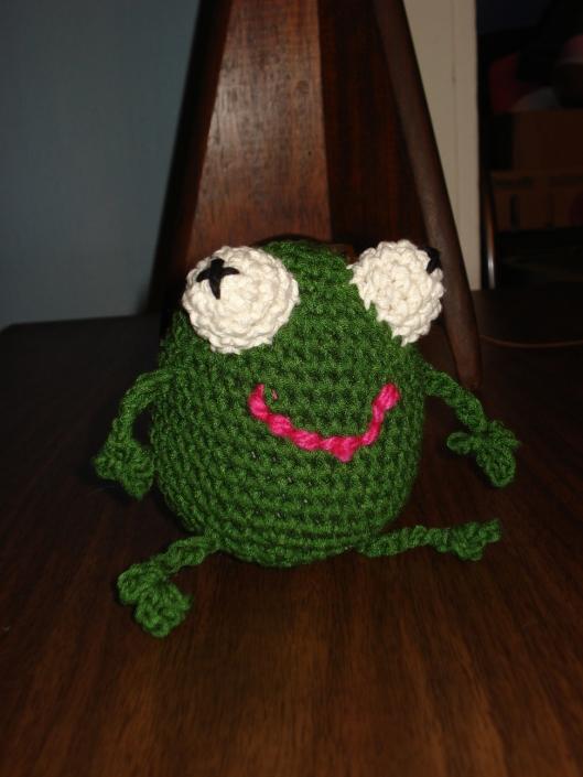 Amigurumi frog by Mary Warner, October 2011.